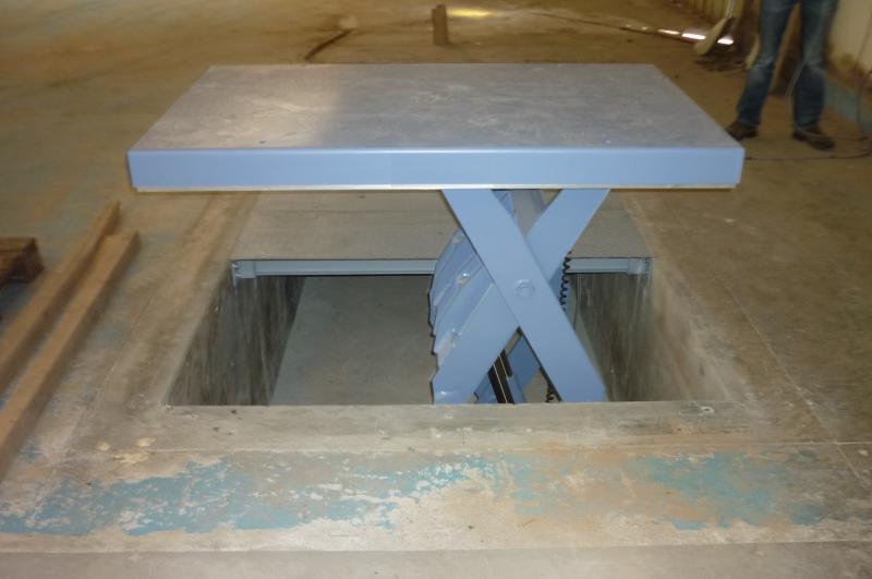 Table l vatrice 500 kg hamon fabricant d 39 l vateur for Table elevatrice